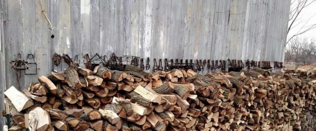 Firewood For Sale in Lansing & Windsor Charter Township, MI