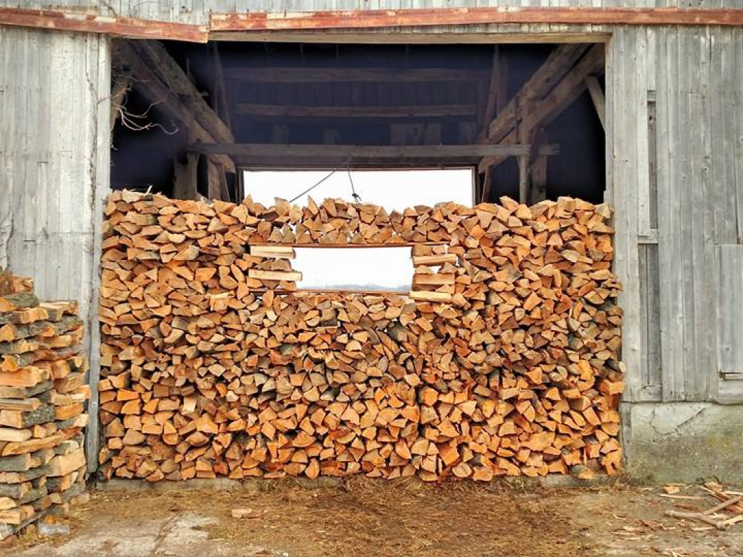 Firewood Bundles and Wood Chips